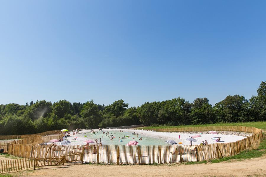 le lagon de baignade du camping Castel 5 étoiles en Vendée