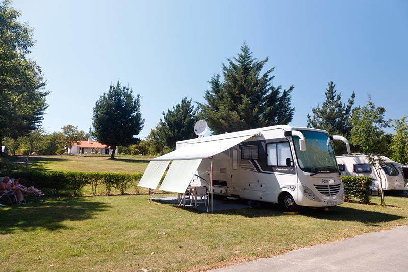 Emplacement Classique camping Castel 5 étoiles en Vendée