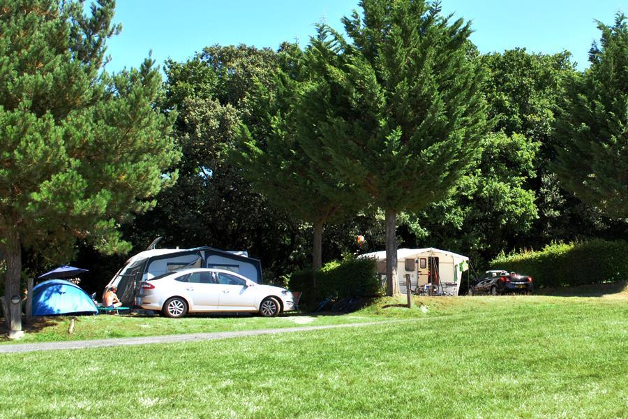 Emplacement Grand Confort camping Castel 5 étoiles en Vendée
