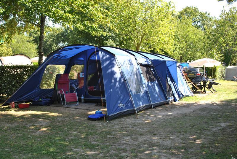 Emplacement Premium pour grande tente vendée