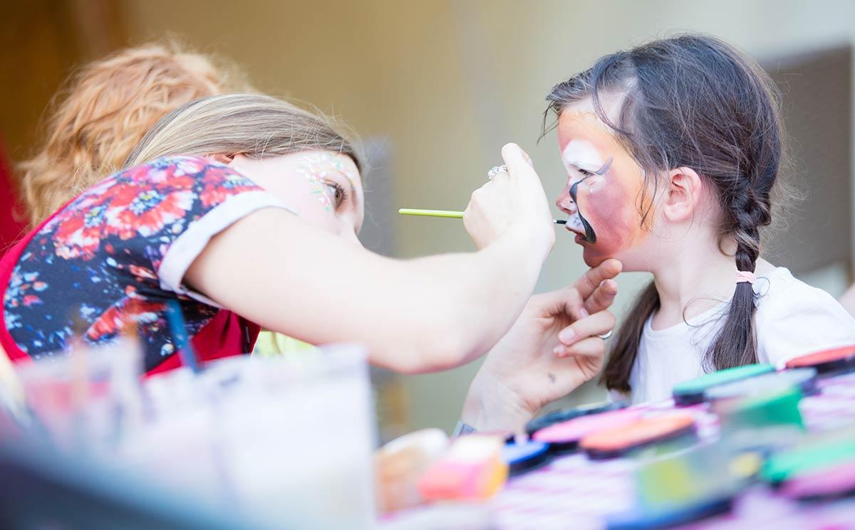 maquillage club enfants camping Castel 5 étoiles en Vendée