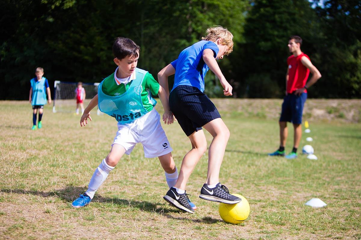 camping Castel 5 étoiles en Vendée football