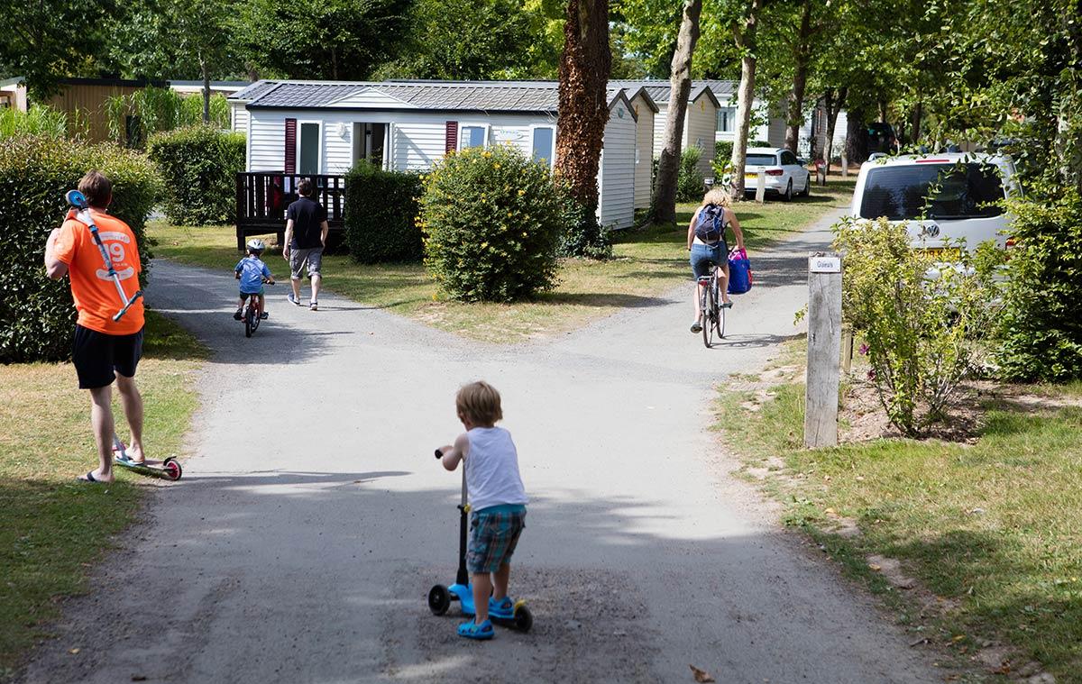 patinette camping Castel 5 étoiles en Vendée