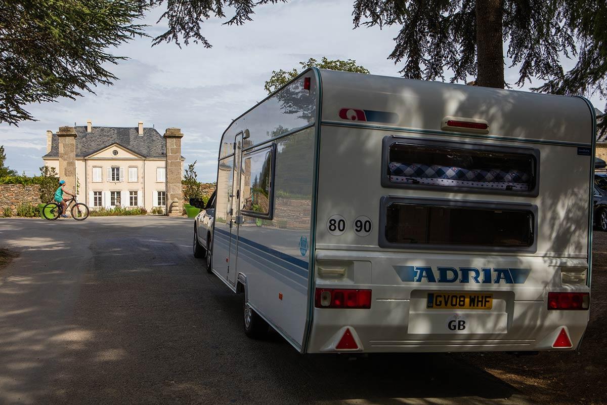 arrivée château camping Castel 5 étoiles en Vendée