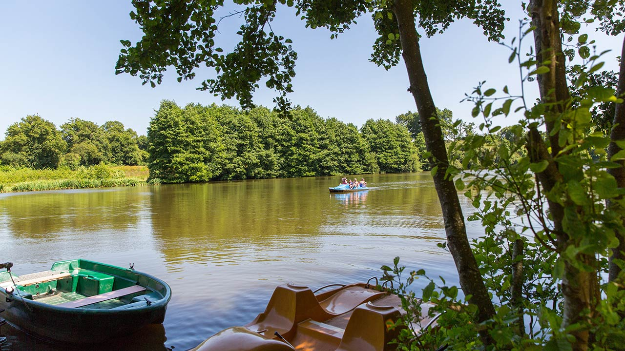 l'étang camping Castel 5 étoiles en Vendée
