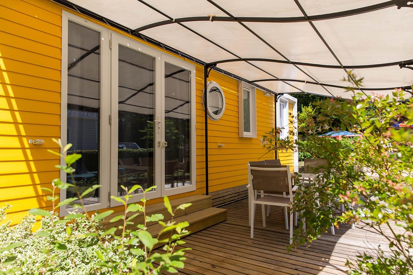 grand mobil home 36m 3 chambres 2 salle de bain 2 toilettes camping vend e. Black Bedroom Furniture Sets. Home Design Ideas