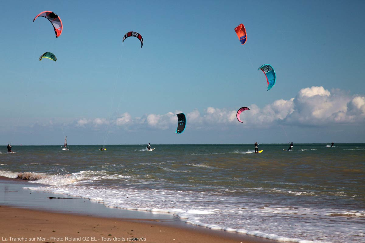 kite surf et surf proche camping Castel 5 étoiles en Vendée